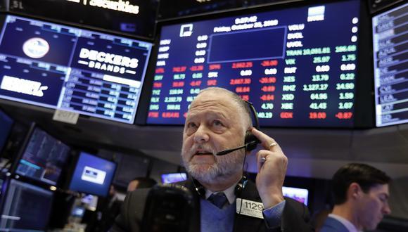 En la jornada anterior, la bolsa neoyorquina reportó resultados mixtos en medio de los anuncios de la FED sobre mantener estables las tasas de interés. (Foto: AP)