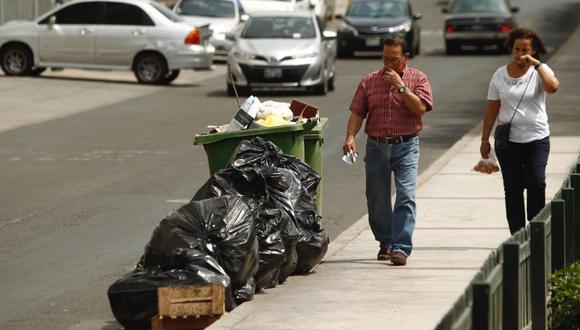 Desde hace dos días el municipio dejó de recoger los desperdicios debido a diferencias con empresa que se encargaba de esta labor. (Foto: Leandro Britto)