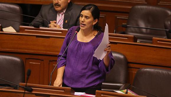 """Verónika Mendoza: """"Yehude Simon no debe liderar ningún proceso"""""""