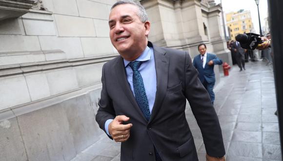 Daniel Urresti indicó que la licencia que presentó José Luna Gálvez como presidente de Podemos Perú terminó luego de los comicios del 26 de enero. (Foto: Eduardo Cavero / GEC)