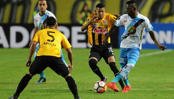 Táchira empató sin goles ante Macará y sigue en Libertadores. (Foto: AFP)