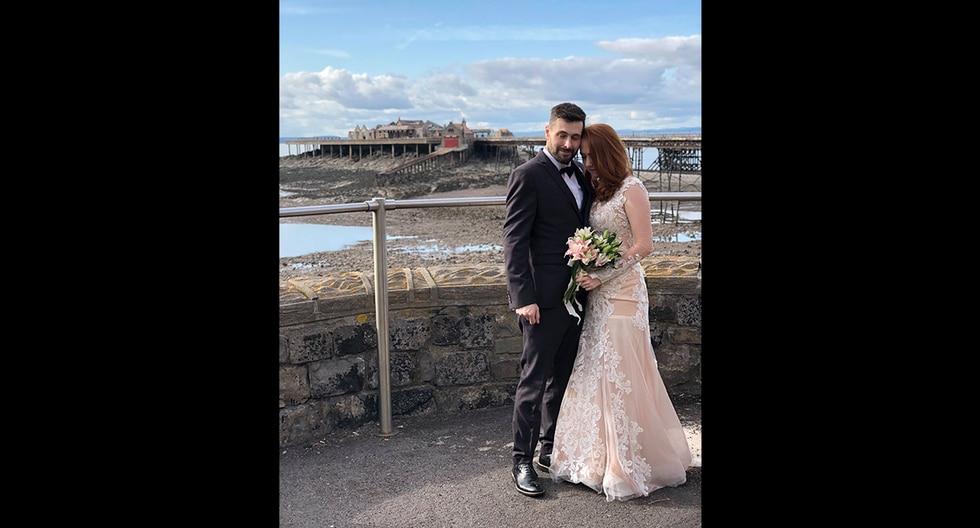 Becca Thomas contó cómo vio morir a su esposo Dan apenas 16 días después de casarse luego que le diagnosticaran una extraña forma de cáncer. (Facebook)