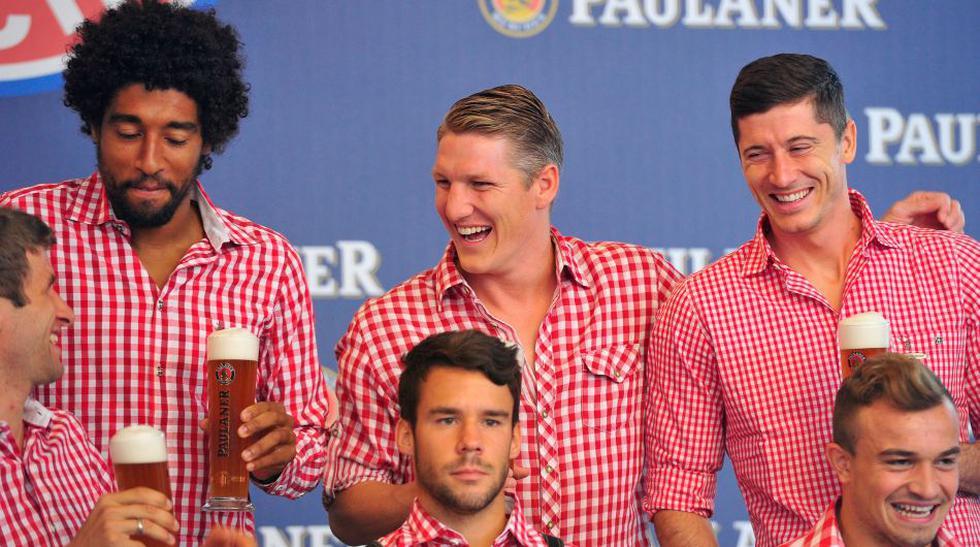Jugadores del Bayern se divirtieron vistiéndose como bávaros - 5