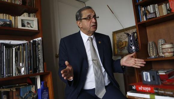 En la segunda quincena de abril sería aprobada la ley universitaria, según Mora.