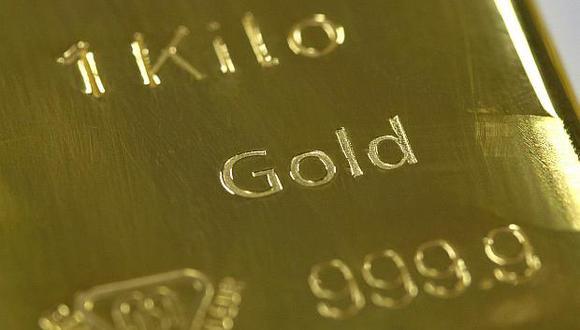 El oro cerraría en su mejor mes, pees a posible caída anual. (Foto: Reuters)