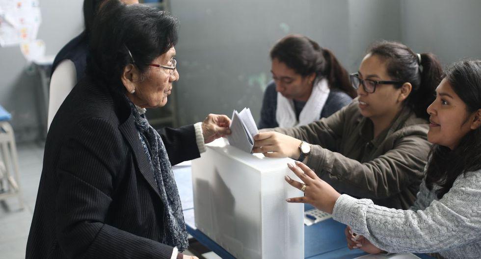 Para conocer sus centros de votación, los usuarios tendrán que ingresar a la página web de la ONPE y escribir el número de su Documento Nacional de Identidad (DNI) en la zona que corresponde. (Foto: GEC)