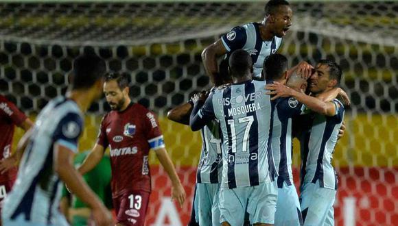 Universidad Católica vs. Libertad se miden en la Fase 2 de la Copa Libertadores. (Foto: AFP)