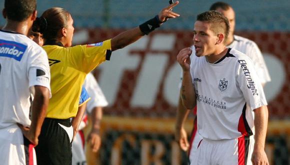 El abril del 2008, Mario Leguizamón fue expulsado ante Alianza Atlético y dio declaraciones que dieron la vuelta al mundo. (Foto: Reuters)