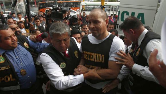 Adolfo Bazán Gutiérrez fue trasladado desde Tacna hasta Lima. Estaba prófugo desde el mes de setiembre. (Foto: César Grados)