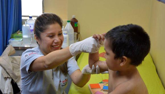 """Aniquem ha apoyado en el tratamiento y recuperación de 5936 niños, niñas y adolescentes con quemaduras. """"Nos preocupa mucho asegurar las terapias de nuestros pacientes"""", dice su vicepresidenta Patricia Ortiz-Arrieta Can (Foto referencial / Aniquem)"""