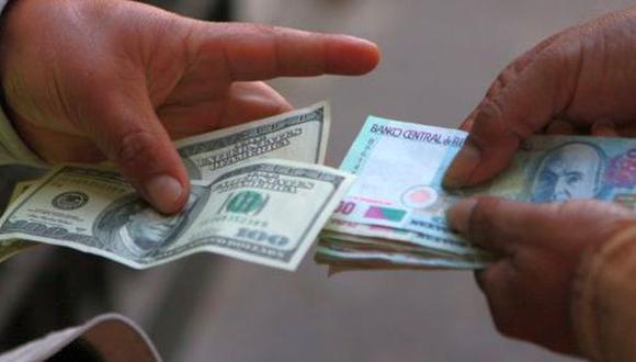 El precio del dólar y la BVL operan al alza en la apertura