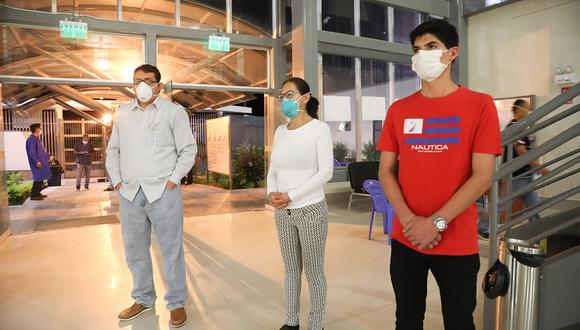 Ministerio de Salud informó que se trata de un médico, una enfermera intensivista y un ingeniero biomédico que laboran en el Hospital Emergencia de Ate
