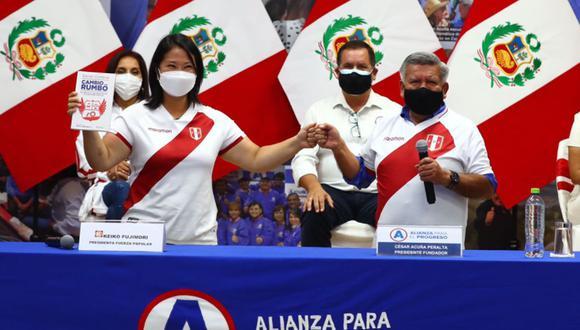 Keiko Fujimori y César Acuña encabezaron un evento en el que APP brindó su respaldo a Fuerza Popular (Foto: Hugo Curotto / @photo.gec)