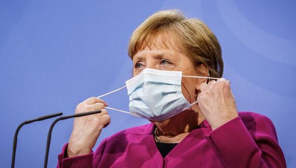 La canciller alemana, Angela Merkel, llega para una declaración después de la videoconferencia de los líderes de la Unión Europea en la Cancillería en Berlín, Alemania. (Foto: Michael Kappeler / Pool via REUTERS).
