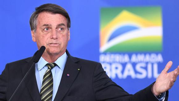 """El presidente de Brasil, Jair Bolsonaro, durante un discurso durante el evento """"Brasil vence al COVID-19"""" en el Palacio Planalto de Brasilia. (Foto: EVARISTO SA / AFP)"""
