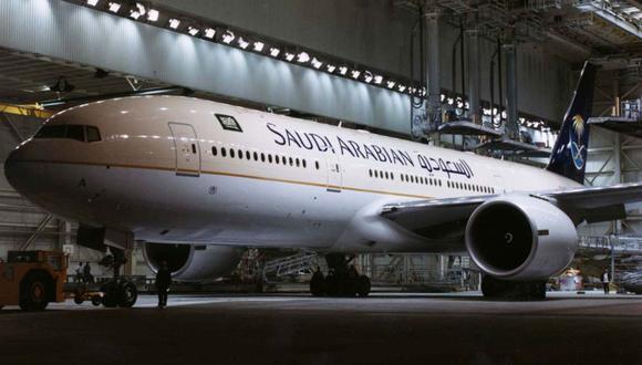 Arabia Saudí: Avión es obligado a regresar porque mujer olvidó a bebé en aeropuerto. (Foto referencia: Reuters)