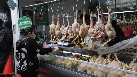 El precio del pollo ha pasado de S/ 6.50 el kilo a S/9.00 en las últimas dos semanas. (FOTO: Anthony Niño de Guzmán)