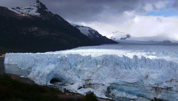 El glaciar Perito Moreno, en Argentina, es uno de los pocos que se mantiene estable pese al calentamiento global. (ANALÍA LLORENTE)