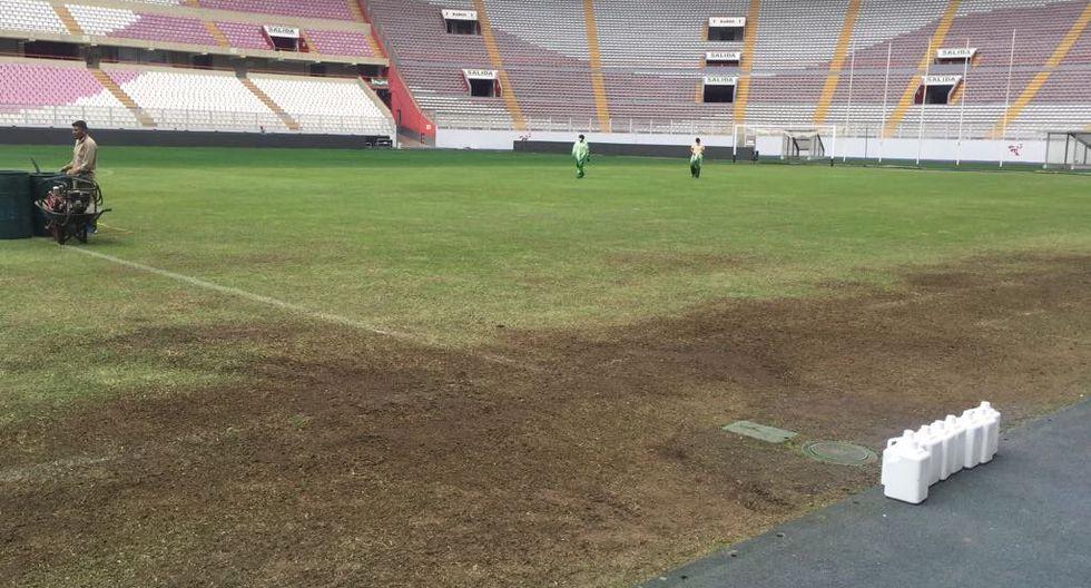 Salvador Invernizzi, ingeniero uruguayo, hizo reveladoras precisiones sobre el real estado de nuestro primer escenario deportivo y la expectativa de cómo llegará al partido con Bolivia. Foto: FPF