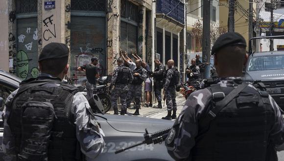 Policía mata a ocho sospechosos de narcotráfico en favela de Río de Janeiro.