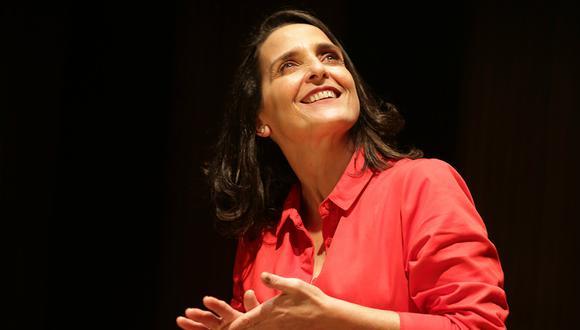 La actriz Norma Martínez se entrega feliz y conmovida a su primera interpretación individual. El repaso a toda una vida buscando razones para ser feliz. (Foto: Nancy Chappell)