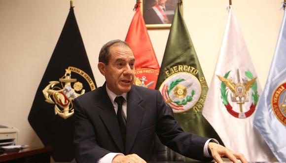 Este domingo los aeropuertos y fronteras del territorio se cerrarán de forma definitiva, informó ministro de Defensa (Foto: GEC)