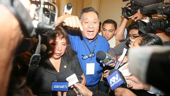 Ex esposo de congresista Anicama fue detenido por robar cable