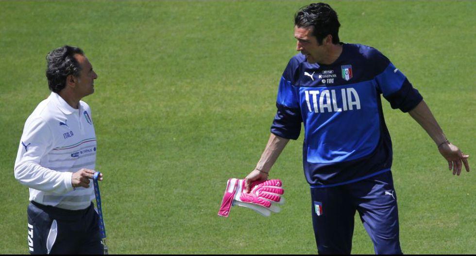 Buffon encarna una práctica tensa y alerta eliminación italiana - 1