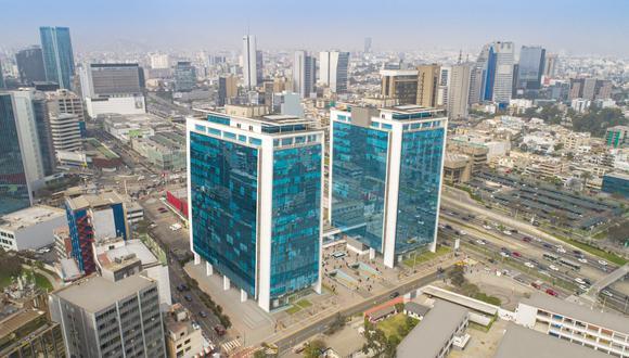 Según Binswanger Perú, los edificios corporativos de clase 'A' se caracterizan por contar con oficinas de más de 200 m2, áreas comunes, acabados de primera y una ubicación de alta exposición. Actualmente, en Lima existen 98 edificios de esta tipología. (FOTO: CAPITAL CENTER)