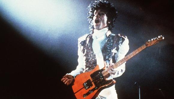 Uno de los temas más recordados de Prince es 'Purple Rain'. (Foto: AFP)