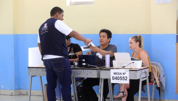 Los miembros de mesa suplentes reemplazan a los titulares ausentes y recibirán S/120 soles si cumplen su función, según la ONPE. (Foto: Andina)