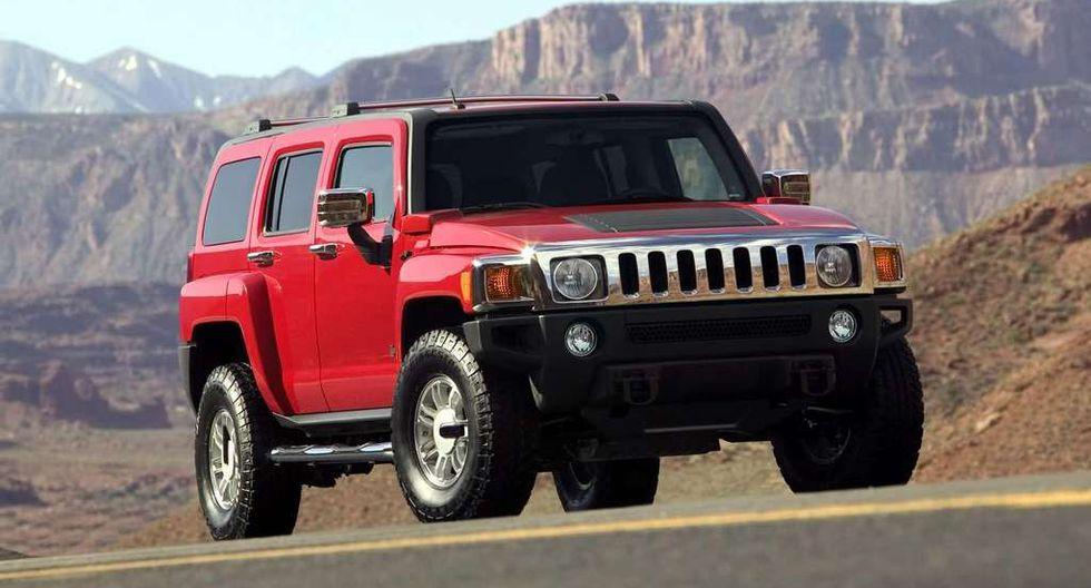 Hummer abandona su independencia como marca de General Motors para llegar bajo el sello de GMC.