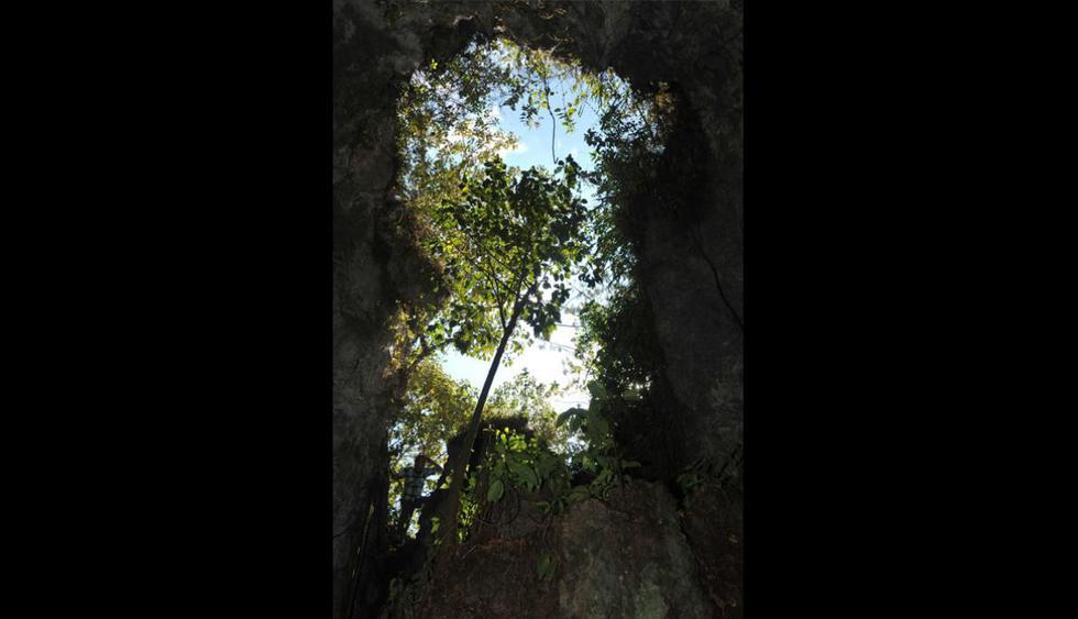 Tunqui Cueva. Es una cueva húmeda de piedra caliza. Las paredes están llenas de moho y musgo, por lo que se debe tener mucho cuidado al caminar. Una vez dentro podrás observar las más singulares formaciones de estalactitas. (Foto: Walter Silvera/ PromPerú)