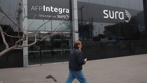 BBVA sugiere que se aperturen cuentas bancarias para llevar un mejor control de gastos tras el retiro de fondos de las AFP. (Foto: GEC)
