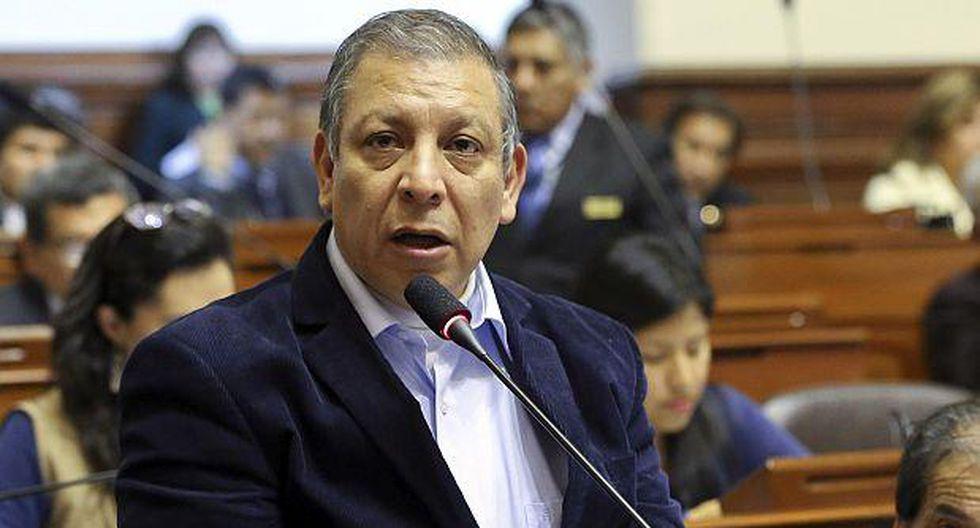 Arana y Rozas representarán a Frente Amplio en Acuerdo Nacional