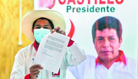"""Diez puntos contiene el """"Compromiso con el pueblo peruano"""". (FOTO: AFP)"""
