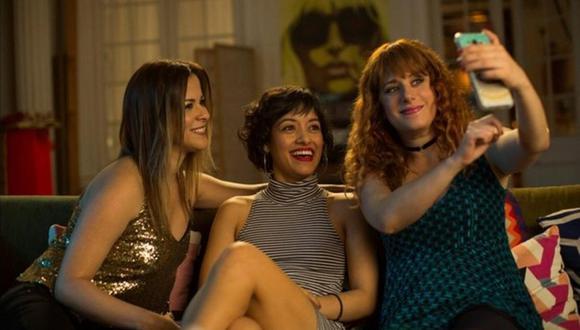 Karina Jordán, Jely Reátegui y Gisela Ponce de León protagonizan esta comedia romántica.