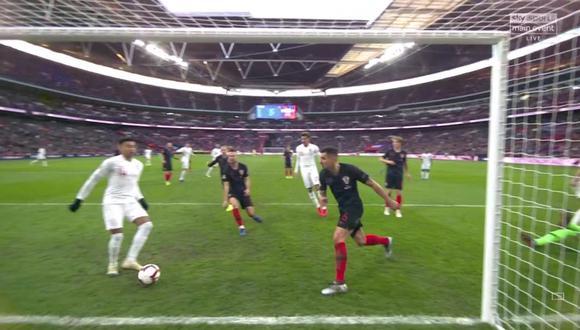 A falta de doce minutos para el cierre del Inglaterra vs. Croacia, apareció Jesse Lingard para empujar la pelota al arco de los balcánicos. (Foto: captura de video)