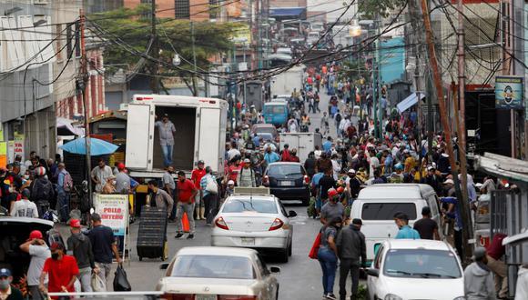 Sepa aquí a cuánto se cotiza el dólar en Venezuela este 13 de abril de 2021. (Foto: Reuters)