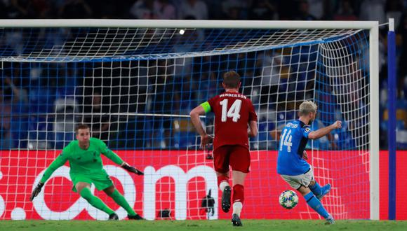 Napoli vs. Liverpool: Mertens anotó el 1-0 con este imparable remate de penal en Champions League | VIDEO. (Video: ESPN 2 / Foto: AFP)