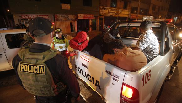 """Desde el lunes 21 de junio, Lima y Callao pasaron a nivel de alerta """"alto"""". Aquí te damos los horarios de toque de queda. (Foto: archivo GEC)"""