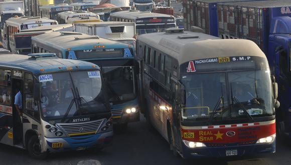 """""""Las competencias del transporte público están divididas"""". (Foto: El Comercio)"""