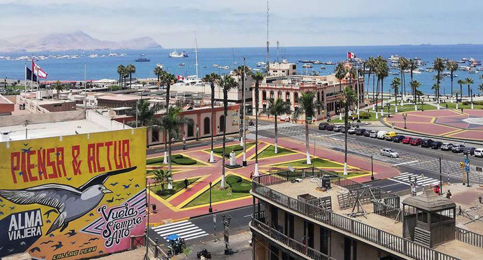 Todos los sábados, entre las 9 de la mañana y el mediodía, parte el bus que traslada a los turistas desde la Plaza Óvalo Garibaldi.(Foto: Callao Monumental)