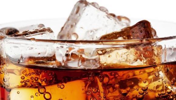 A menudo se dice que las bebidas gaseosas tienen un alto contenido calórico, que provoca aumento de peso.