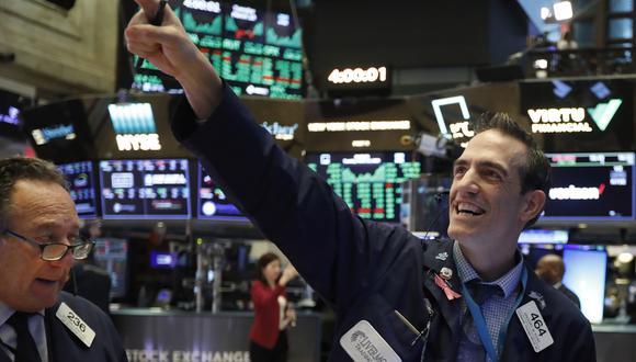 El repunte ocurrió apenas un día después de la peor caída del mercado estadounidense desde el Lunes Negro en 1987. (Foto: AP)
