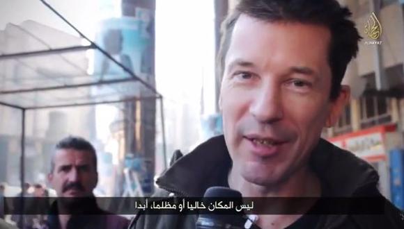 John Cantlie pasea por Mosul en nuevo video del Estado Islámico