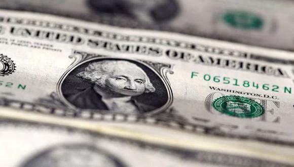El Gobierno de Estados Unidos inició la entrega de los cheques de estímulo económico, el mayor en la historia del país (Foto: Reuters)
