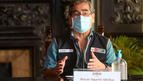 """Óscar Ugarte indicó que se aprecia """"una desaceleración"""" en el crecimiento de las cifras de muertos durante la segunda ola del coronavirus. (Foto: PCM)"""