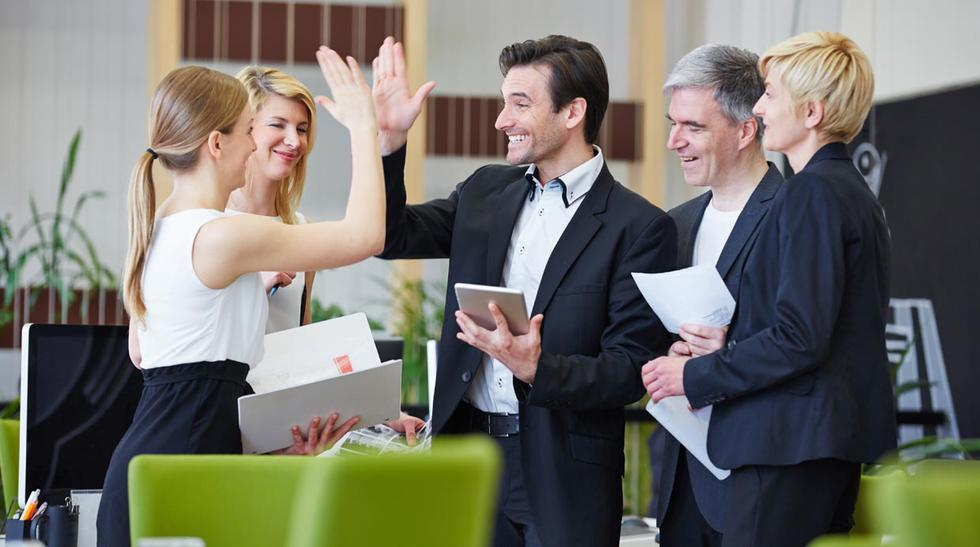 Los riesgos de tener una relación 'demasiado buena' con tu jefe - 1