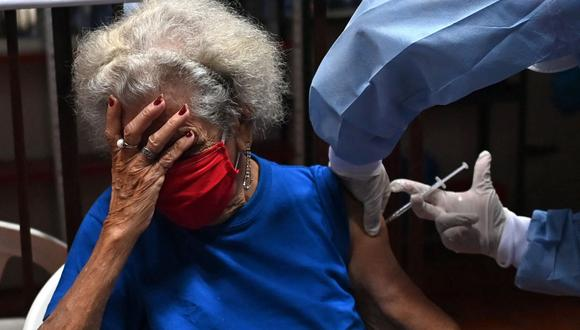 Coronavirus en Colombia | Últimas noticias | Último minuto: reporte de infectados y muertos hoy, miércoles 3 de marzo del 2021 | Covid-19 | (Foto: Luis ROBAYO / AFP).